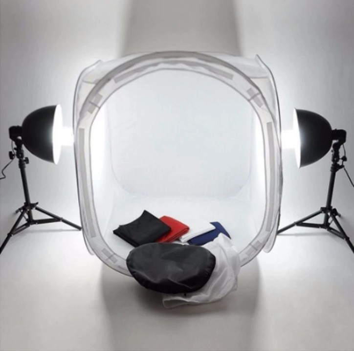The light tent and Pop-up light tent